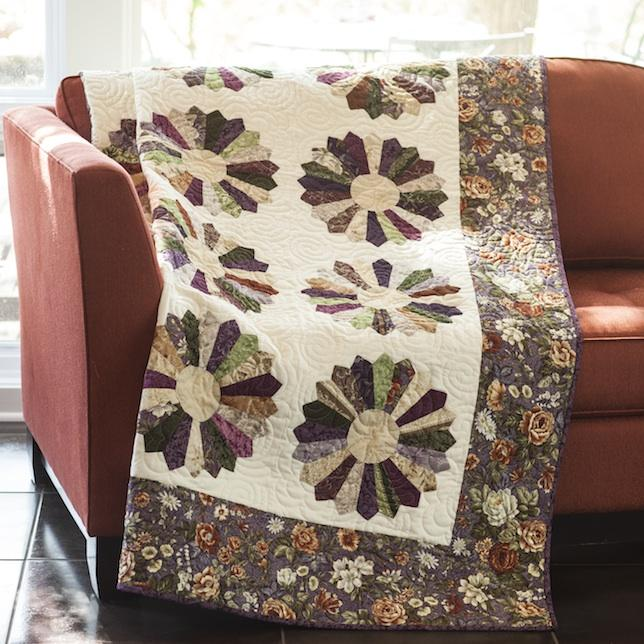 Dresdan Botanica Top  Quilt Kit