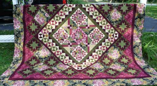 OUT OF STOCK: Jasmine Star Quilt Top Kit Send Inquiry