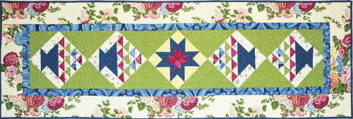 AUBRIELLE Basket Table Runner Quilt Pattern: Ivory